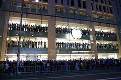 Watchdog Group Makes Alligations That Apple's Chinese Suppliers are Violating Labor and Environmental Laws