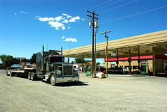 Trucking is a Wide Open Field for Job Seekers, But Few Seekers are Takers