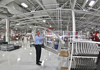 U.S. Manufacturing: How is it Strong While China's is Struggling?
